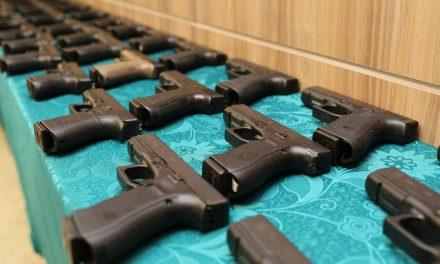 Equipamentos e armas apreendidos pelo TJ-GO são doados ao Estado