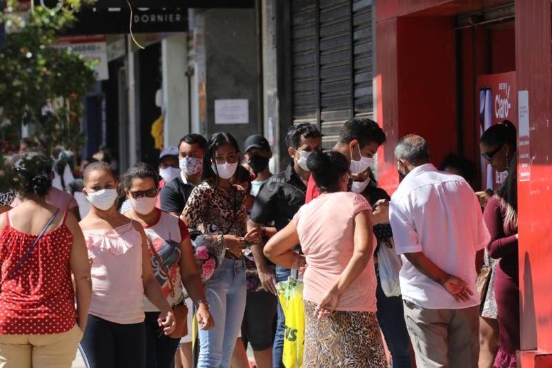 Sem 14×14: Comércio segue aberto hoje em Goiânia