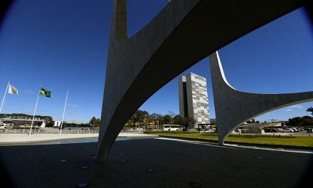 Senadores querem sessão temática para discutir independência entre os Poderes