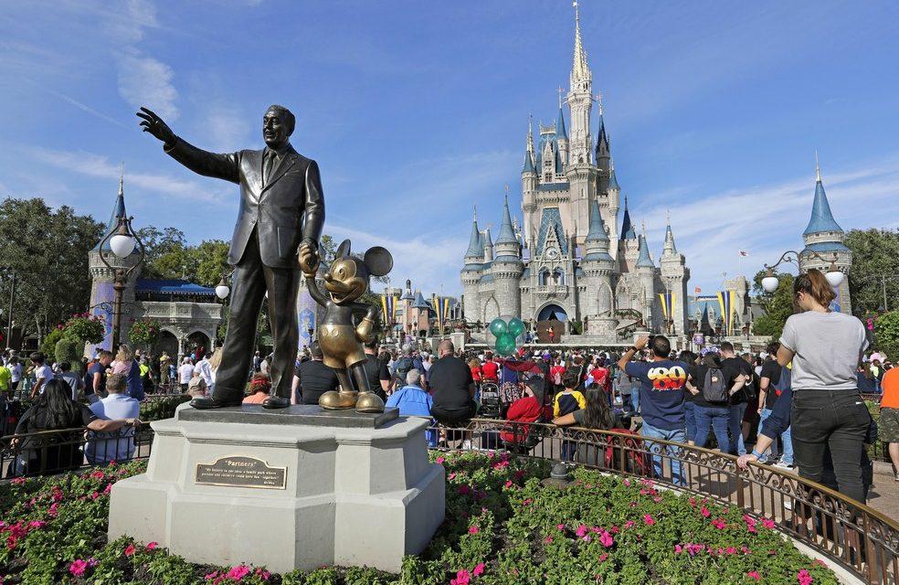 Disney mantém previsão de abertura de parques no próximo sábado