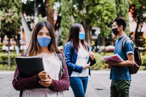 Enem: Estudantes terão de usar máscara durante prova