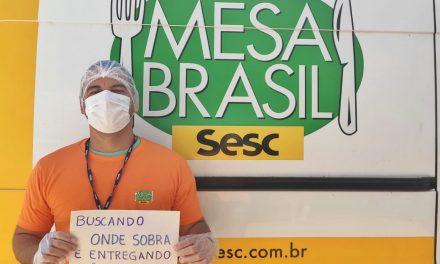 Mesa Brasil distribui vale-alimentação a pessoas carentes
