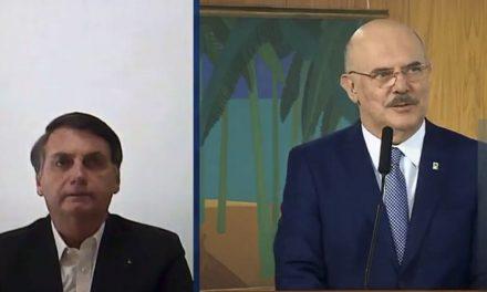 Novo ministro da Educação toma posse