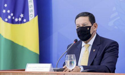 Investidores esperam resultados da política ambiental, diz Mourão