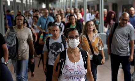 Rendimento médio de brasileiros cai a 82% em maio devido à covid-19