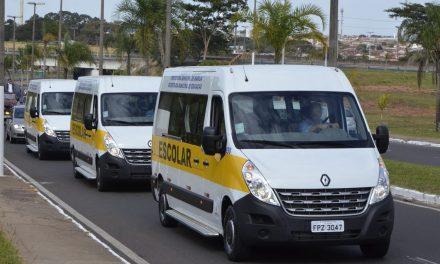 Uso de vans para diminuir aglomeração em transporte público é aprovado na CCJ