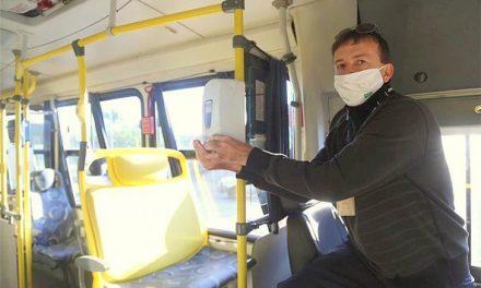 Empresas de transporte público terão de ofertar álcool gel