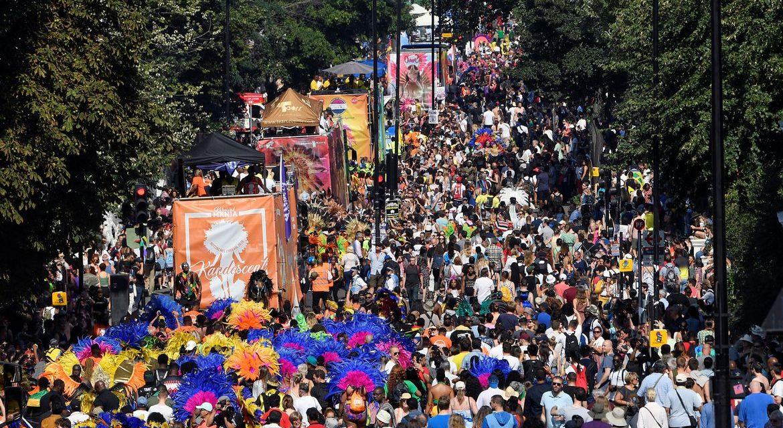 Carnaval de Notting Hill troca as ruas de Londres por festival online
