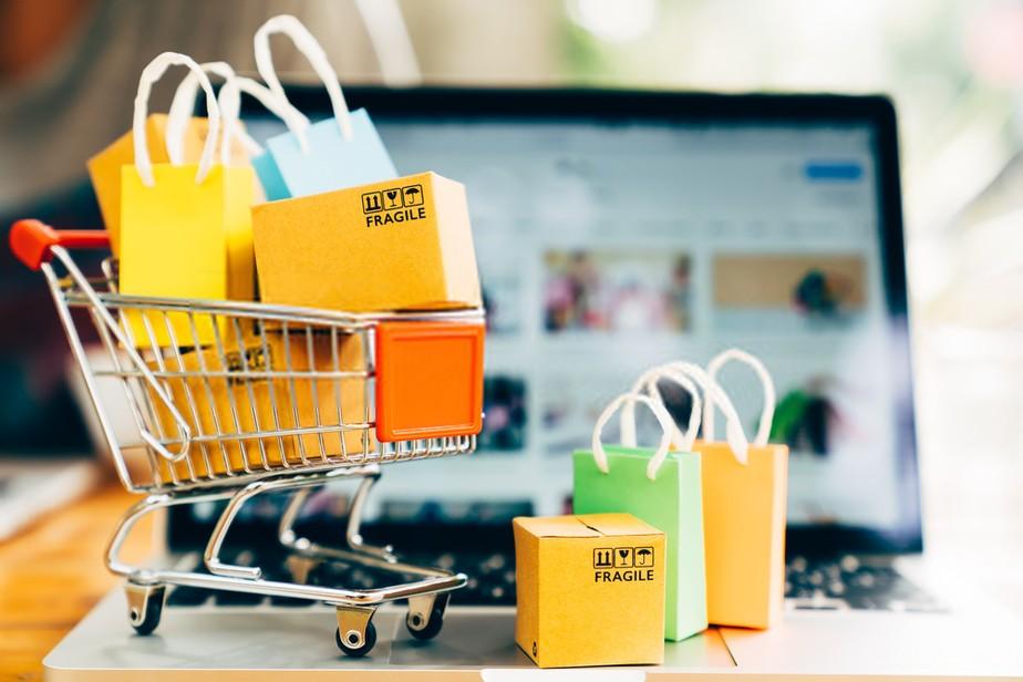 Serviço de personal shopper on-line vira alternativa em tempos de pandemia