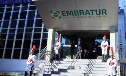 Outorga de aeroportos ajudará a financiar nova Embratur, prevê proposta