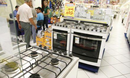Geladeira e fogão podem ficar mais baratos com IPI menor, diz Guedes