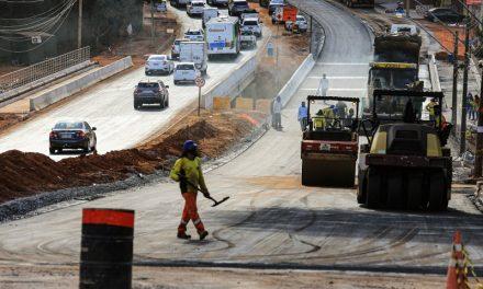 Obra na Marginal Botafogo exige atenção de motoristas