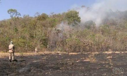 Pirenópolis: Incêndio atinge o Morro do Frota