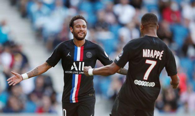 Neymar completa três anos no PSG de olho na Champions League