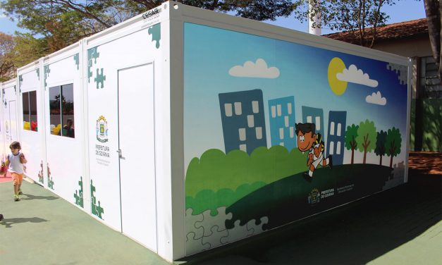 Prefeitura de Goiânia entrega salas de aula modulares