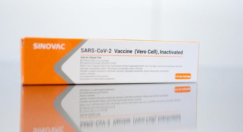 Mais cinco centros no Brasil iniciam testes com vacina chinesa