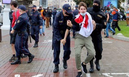 Protesto de estudantes em Belarus termina em prisões