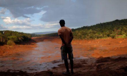 Ribeirinhos e produtores ainda lutam por água potável em Brumadinho