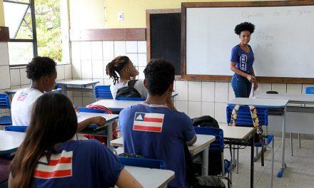 Projeto garante acesso à internet para alunos carentes da rede pública de ensino