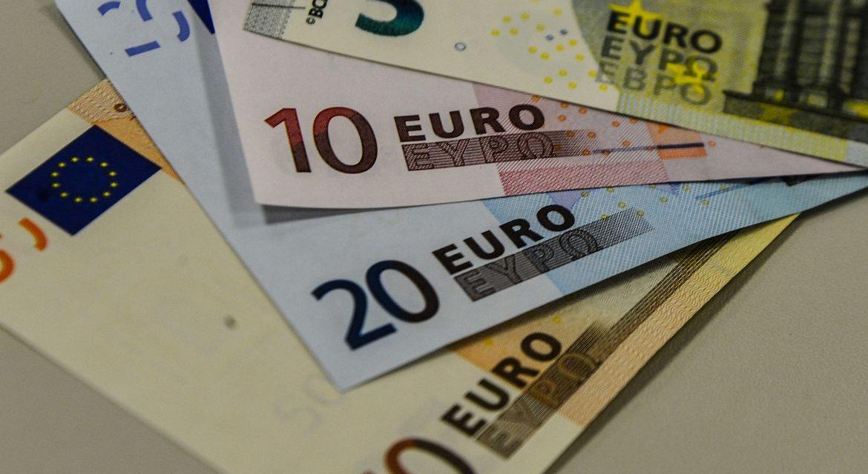 PIB da zona do euro no 2º trimestre é revisado para cima