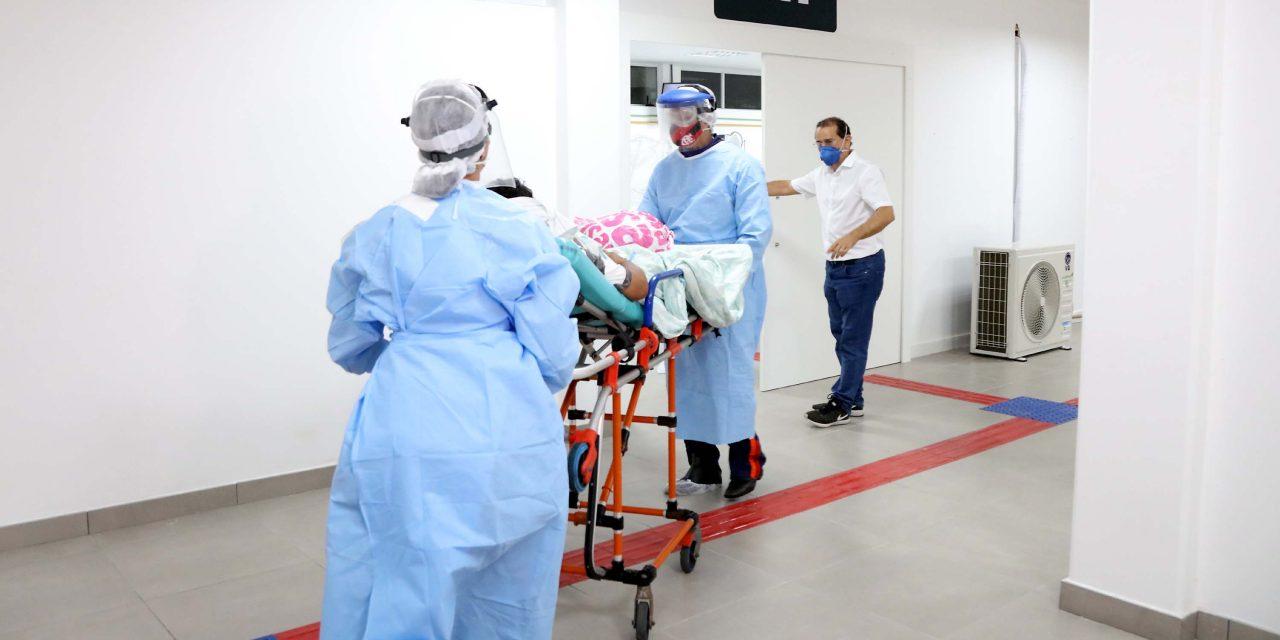 Festas de fim de ano podem agravar pandemia no país, diz Fiocruz
