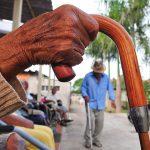 Governo de Goiás suspende recadastramento de aposentados e pensionistas por tempo indeterminado
