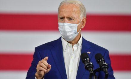 Biden diz que assessores de Trump atrapalham equipe de transição