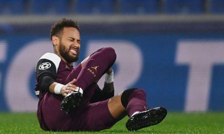Técnico do PSG confirma lesão de Neymar e prevê volta após 3 semanas