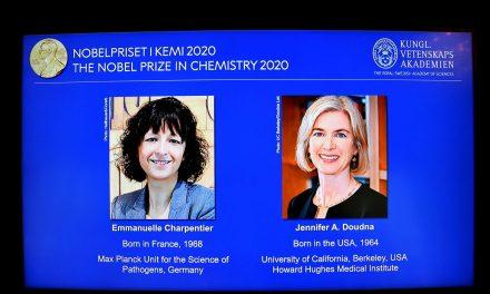 Duas cientistas vencem Nobel de Química por pesquisa com genoma
