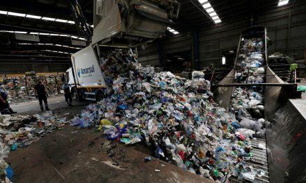 Pandemia do plástico: Covid-19 joga no lixo sonho da reciclagem