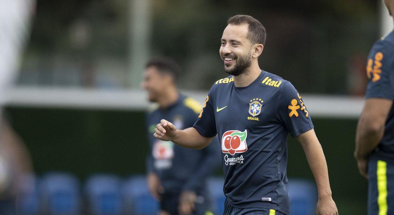 Tite esboça seleção com quatro novidades para duelo contra Venezuela