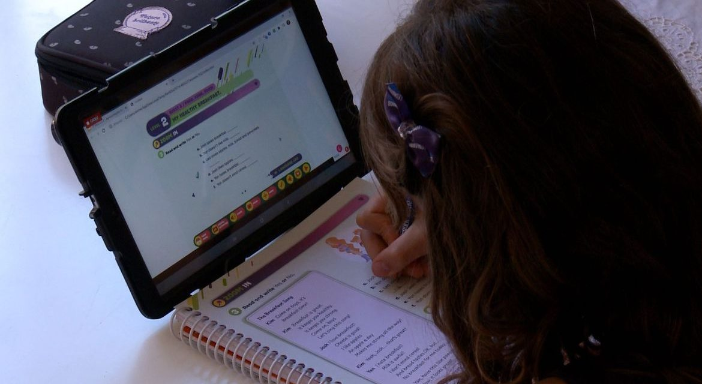 Congresso aprova R$ 3,5 bi para internet a alunos da rede pública