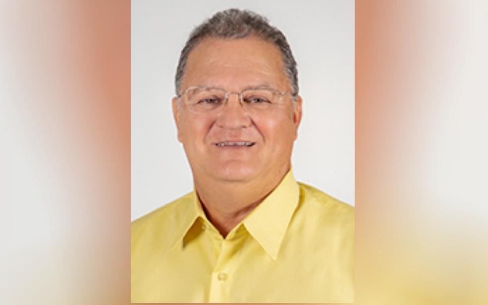 Prefeito eleito de Itaguaru, Didi Filgueira, morre devido à Covid-19, um dia após eleição