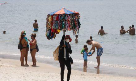 Cidade do Rio retoma atividades econômicas, e praias estão liberadas