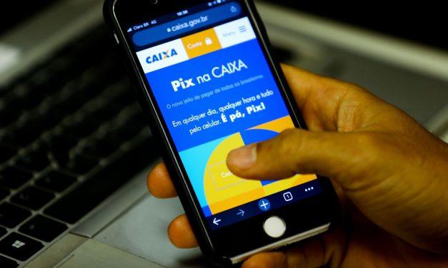 Valor médio de transações do Pix foi R$ 90 no primeiro dia de teste