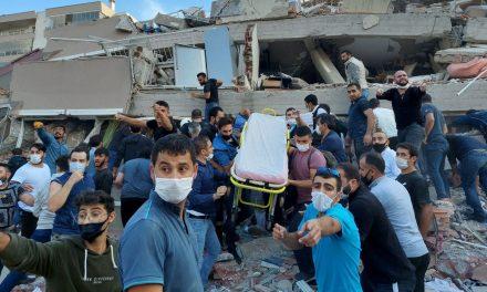 Sobe para 62 número de mortos por terremoto na Turquia