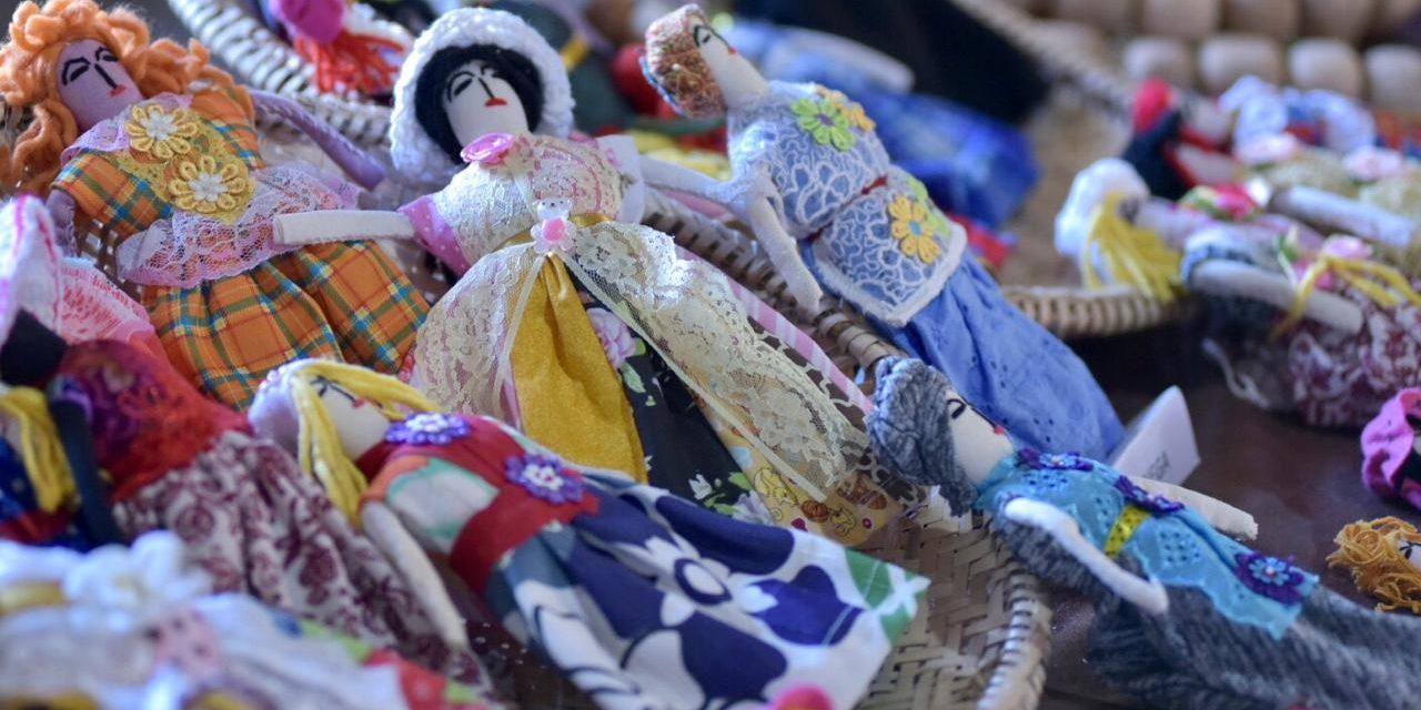 Campanha incentiva compra de artesanato goiano para presente de Natal