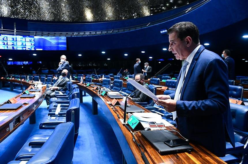 Senado aprova projeto de apoio a estados endividados