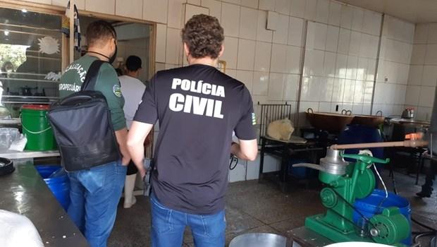 Em Terezópolis de Goiás, PCGO e Agrodefesa realizam operação em laticínio clandestino