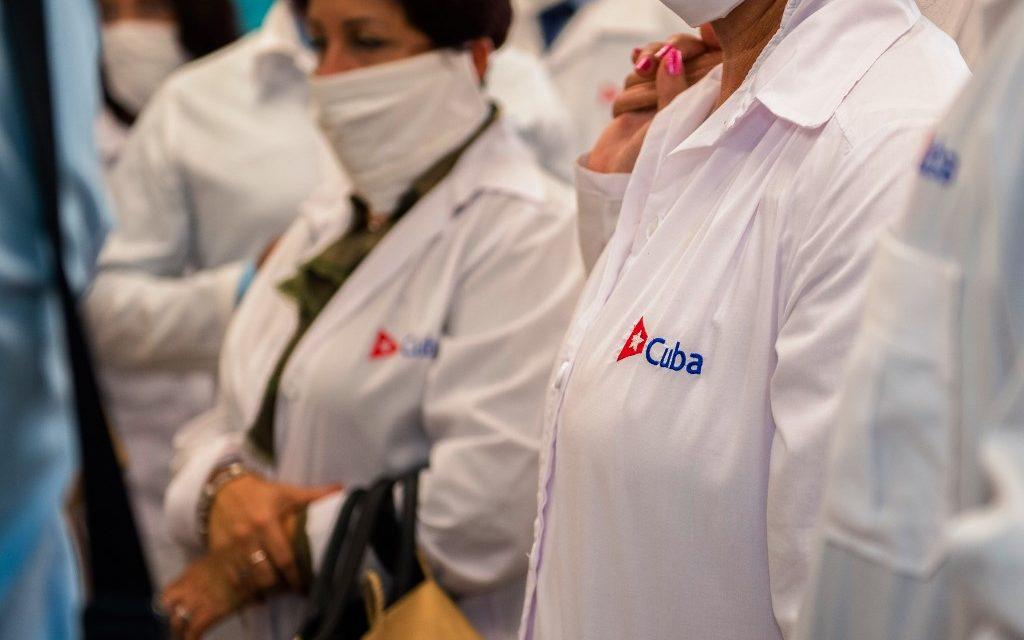 Mais Médicos: divulgada lista de cubanos reincorporados
