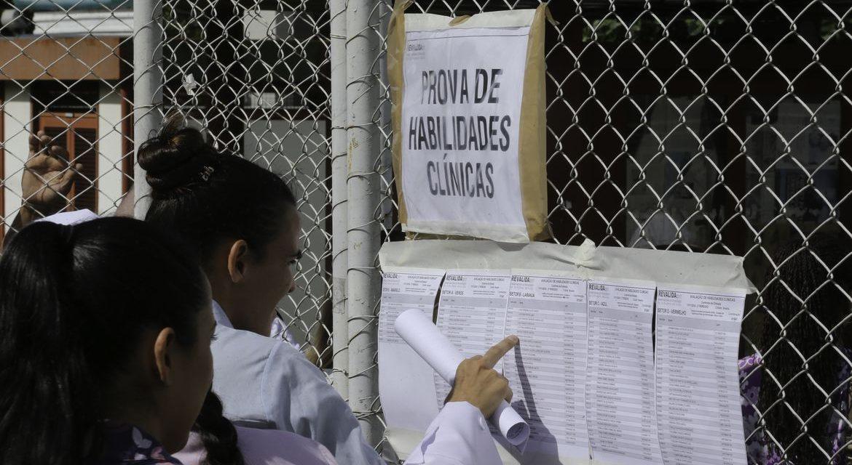 Mais de 15 mil médicos participam do Revalida hoje