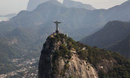 Rio anuncia medidas para evitar aglomeração no réveillon em Copacabana