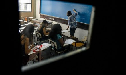 Governo de Goiás lança edital com 5 mil bolsas para Programa Universitário do Bem