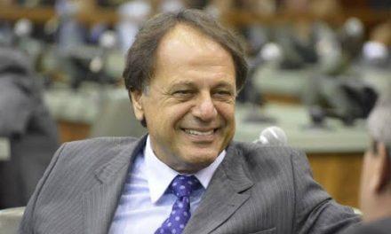 Prefeito de Catalão está internado com Covid-19