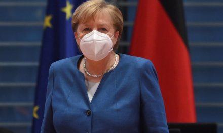 De 'mãezinha' à maior líder da Europa: o legado de Angela Merkel, que deixa o poder na Alemanha após 4 mandatos