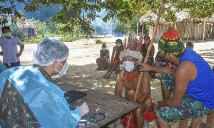 Comitê vai monitorar impactos da covid-19 sobre índios de Manaus