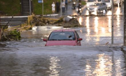 Após forte chuva, Prefeitura de Goiânia efetua reparos na cidade