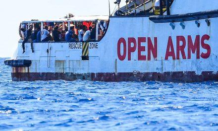 Itália autoriza desembarque de 265 migrantes em navio humanitário