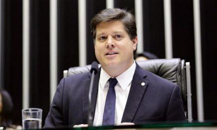 PT quer compromisso de CPIs e convocação de ministros de Bolsonaro para apoiar Baleia