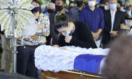 Maguito é enterrado em Jataí